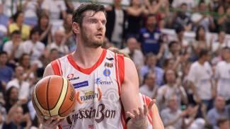 Grissin Bon, rottura del menisco per Lavrinovic: out almeno un mese