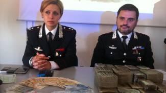 Sequestrati 14 chili di hashish destinati alla Romagna, in manette due marocchini