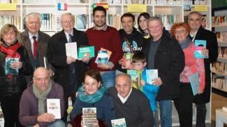 Libri per ragazzi donati alla biblioteca comunale di Mercato