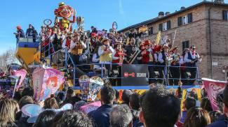 Carnevale: polacchi, inglesi e tedeschi per il gran finale