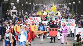 Ecco le foto dell'allegra sfilata dei Fantaveicoli