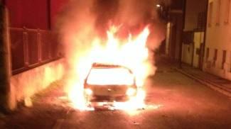 Vendetta di fuoco, auto in cenere