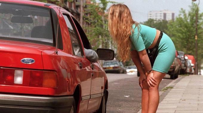 prostitas prostitutas calle madrid
