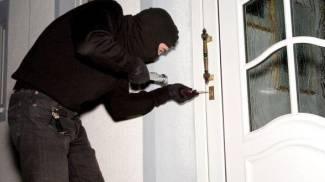"""Ladri entrano in casa e rubano macchina: """"Terribile svegliarsi e scoprire il furto"""""""